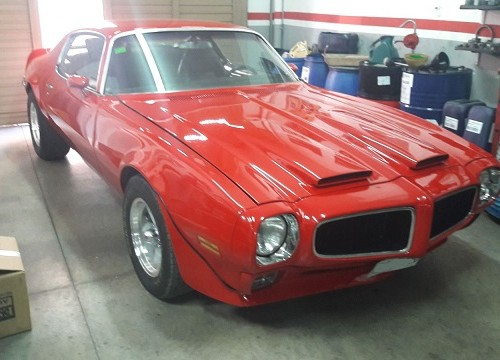 00003 Alquiler Pontiac Firebird 1972 rojo front tyreaction For rent Prop Action Picture Vehicles in Spain Barcelona Madrid