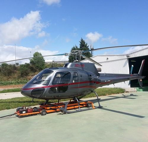 p0169 alquiler helicoptero 2 barcelona tyreaction eurocopter AS350