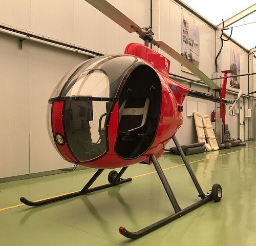 p0169 alquiler helicoptero barcelona tyreaction mini rojo