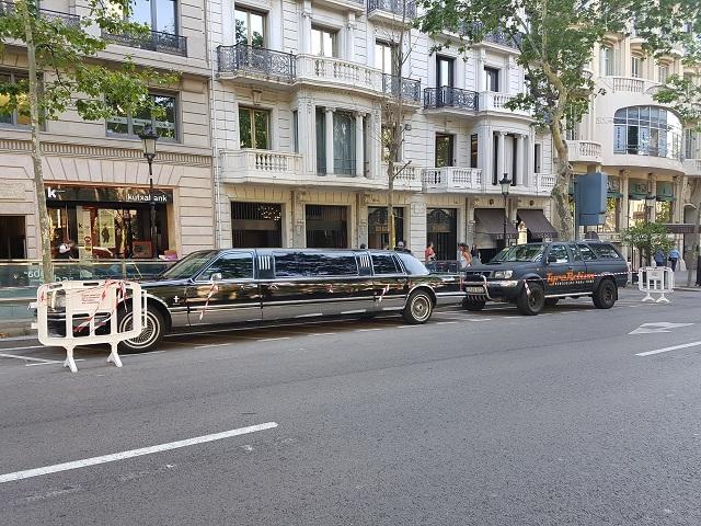 anuncio mariah carey hostelworld alquiler limusina barcelona tyreaction vehiculos escena 2