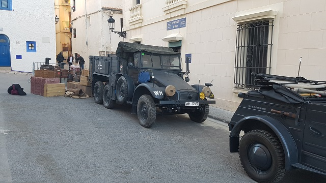 making of vehículos de escena rodaje picasso genius alquiler coches de epoca historicos  para peliculas tyreaction camión krupp militar nazi segunda guerra mundial