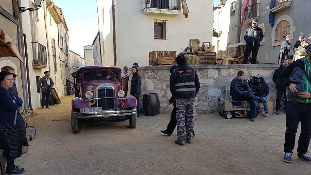 making of vehículos de escena rodaje picasso genius natgeo alquiler coches de epoca historicos  para peliculas tyreaction hispano gernica 1