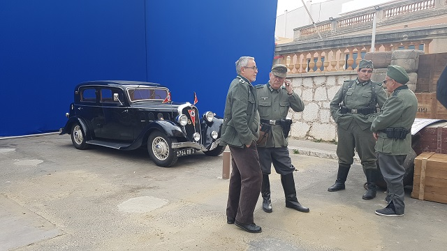 making of vehículos de escena rodaje picasso genius natgeo alquiler coches de epoca historicos  para peliculas tyreaction hispano suiza pakcard volvo general nazi 2