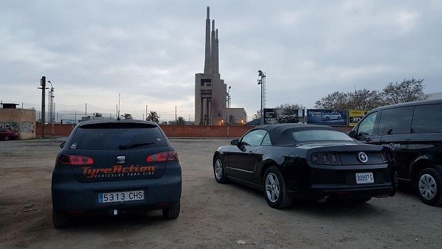 alquiler ford mustang vehiculos de escena persecucion coche americano tyreaction