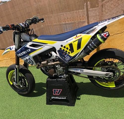 00005 alquiler moto supermotard motocross husqvarna tyreaction peliculas cine tras