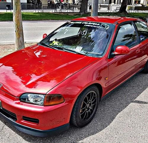 10692 Alquiler Honda civic rojo frontal