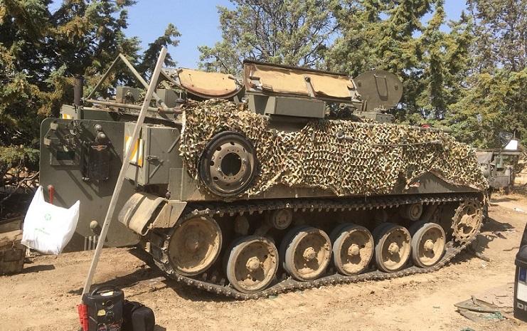 M0002-Alquiler-tanqueta-verde-militar
