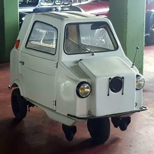 P0035 Acoma mini comtesse 1979 blanco