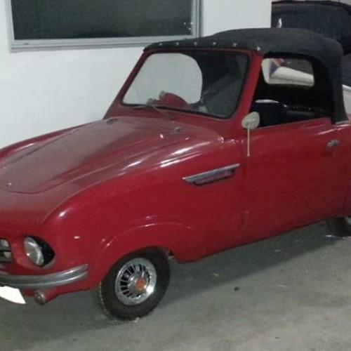 P0035 Alquiler Biscuter Sport 1957 rojo
