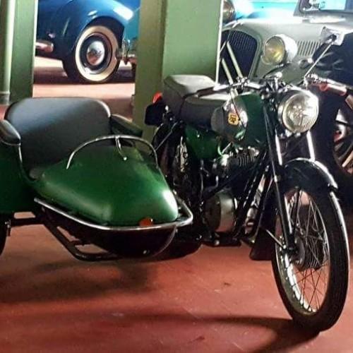 P0035 Alquiler Iresa 200 1959 verde