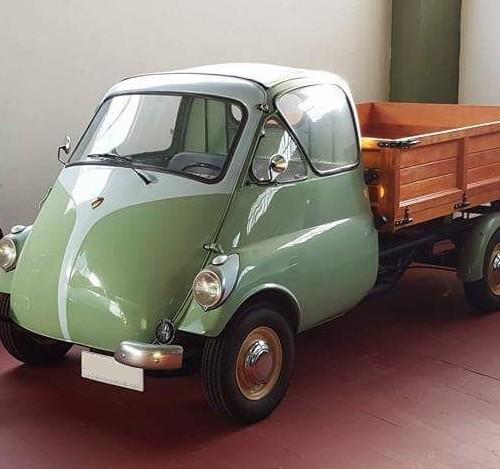 P0035 Alquiler Isetta carro 1959 verde