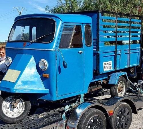 P0035 Alquiler Motocarro achice 1970 azul