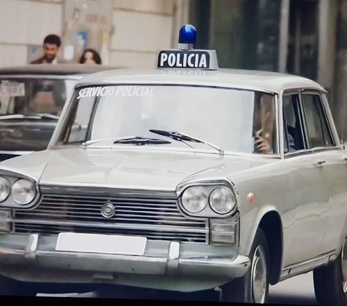 P0035 Alquiler Seat 1500 policia Armada 1970 gris