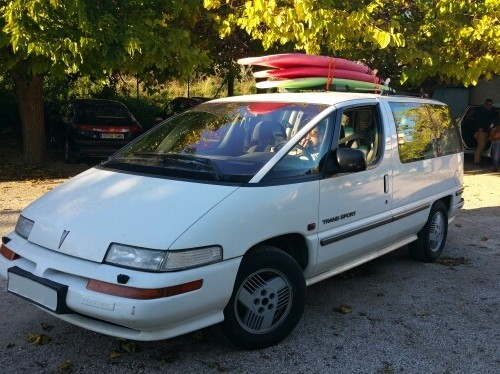 10718 Pontiac Trans Sport blanco