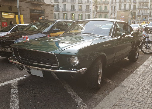 10721 Alquiler Mustang Bullit verde