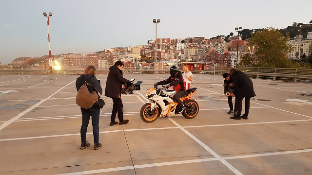 tyreaction making of  video primavera sound especialistas cine barcelona stunt moto caballito 1