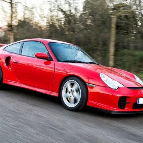 10723 Alquiler Porsche 911 GT2 Rojo