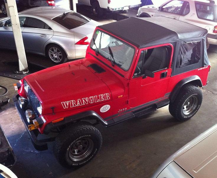 P0186 Jeep Wrangler rojo