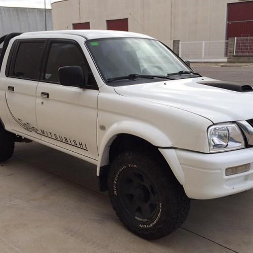 P0186 Mitsubishi L200 blanco