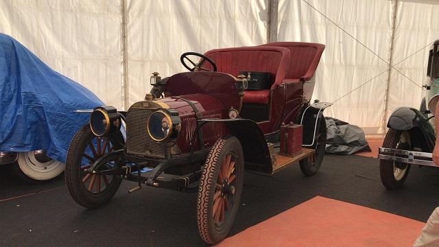 tyreaction vehiculos de escena alquiler coches clasicos historicos anuncios peliculas cine