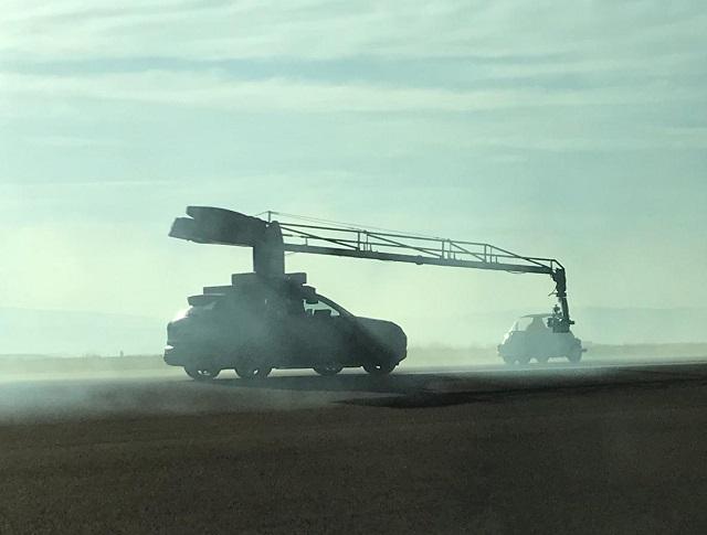 tyreation alquiler coche clasico bmw isetta russian arm anuncio toyota corolla  vehiculos de escena cine publicidad 3
