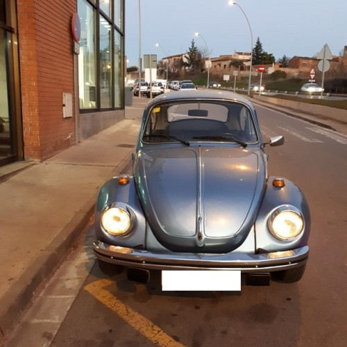 10739 Alquiler Volkswagen Beetle escarabajo Azul - copia