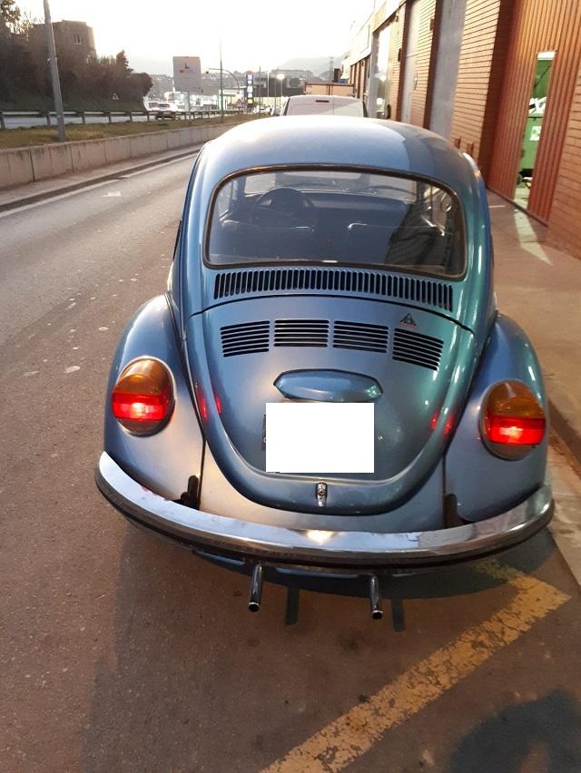 10739 Alquiler Volkswagen Beetle escarabajo Azul trasero