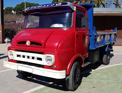 10741 Alquler Camión Ebro rojo lateral