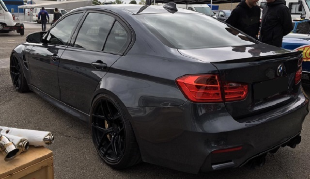 10755 BMW M3 lateral gris oscuro