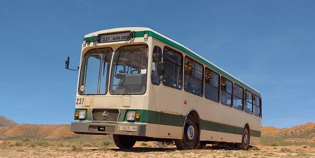 Making of rodaje aitana y lola indigo me quedo alquiler camaracar  scorpio arm pursuit rent a classic bus españa 3