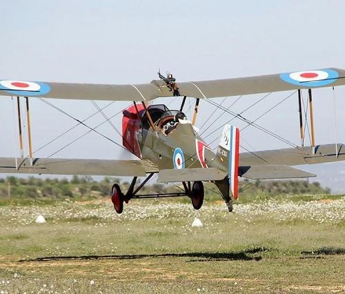 10759 alquiler Avion primera segunda guerra mundial tyreaction tras