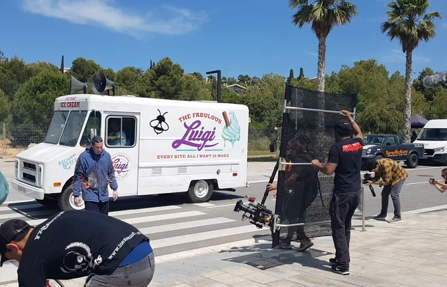 tyreaction alquiler foodtruck heladeria icecream videoclip mika chevrolet stepvan #icecream #icecreamvideo #mikainstagram vehiculos de escena picture vehicles rent furgon 2