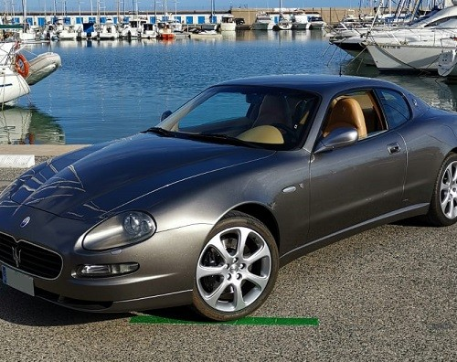 P0057 Alquiler Maserati Coupe cambiocorsa gris