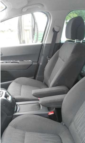 P0191 PEUGEOT 5008 Gris Plomo interior 2