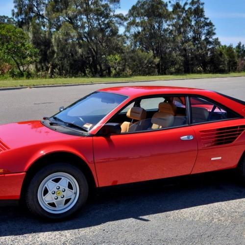 p0103 Alquiler Ferrari mondial rojo historico vehículos de escena tyreaction