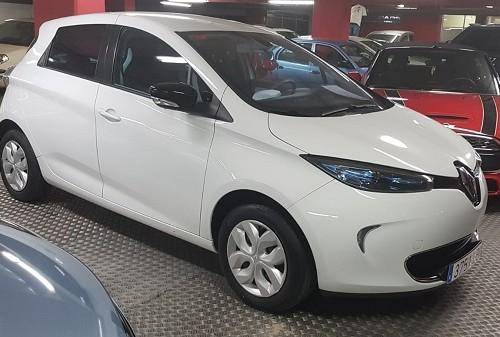 00001 alquiler coche eléctrico renault zoe blanco tyreaction vehículos de escena