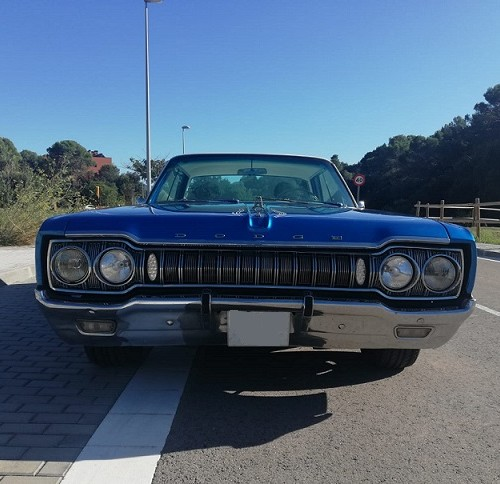 10772 Dodge Polara 1966 azul frontal