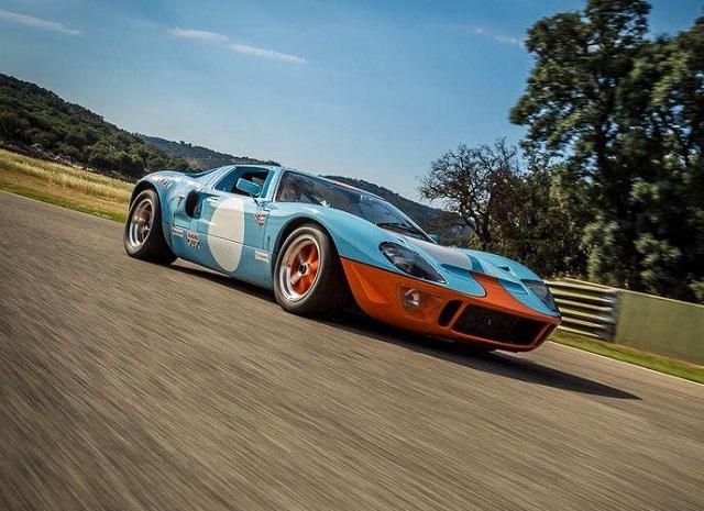 p0161 alquiler ford gt 40 edición GULF competicion carreras azul front tyreaction vehículos de escena rent picture vehicles spain
