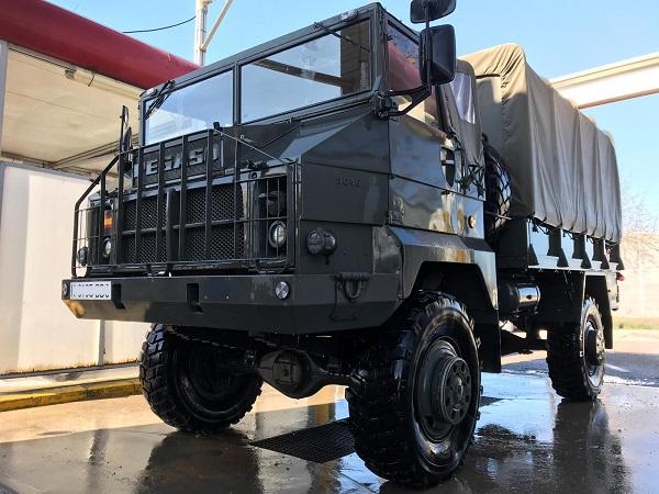 PA0006 alquiler camión militar Pegaso verde andalucia tyreaction front 2