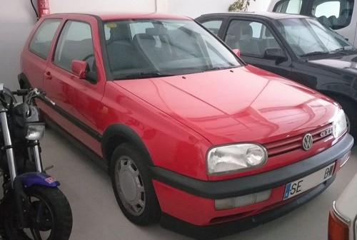 PA0007 Alquiler volkswagen golf gti mk3 rojo andalucia tyreaction front