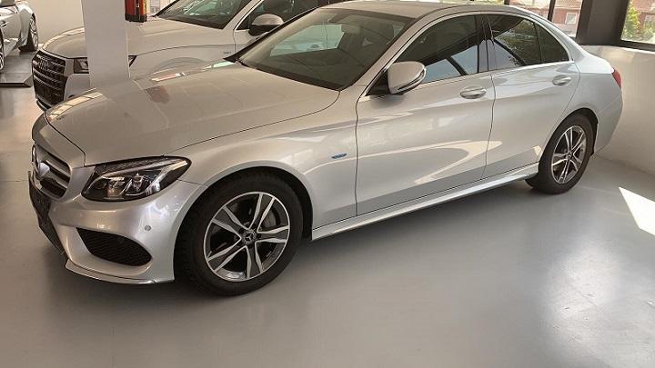 PM012 Alquiler Mercedes C350 plata Madrid