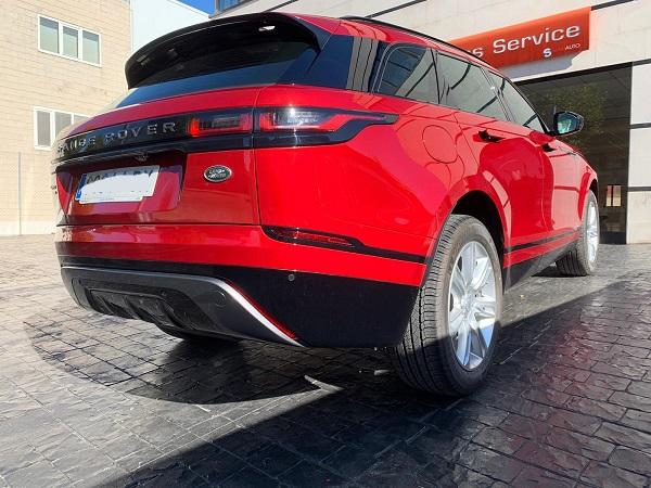 Pm012 alquiler range rover vehículos escena madrid rojo tras tyreaction