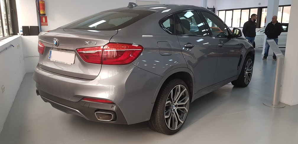 MP012 Alquiler Bmw x6 gris  madrid trasero