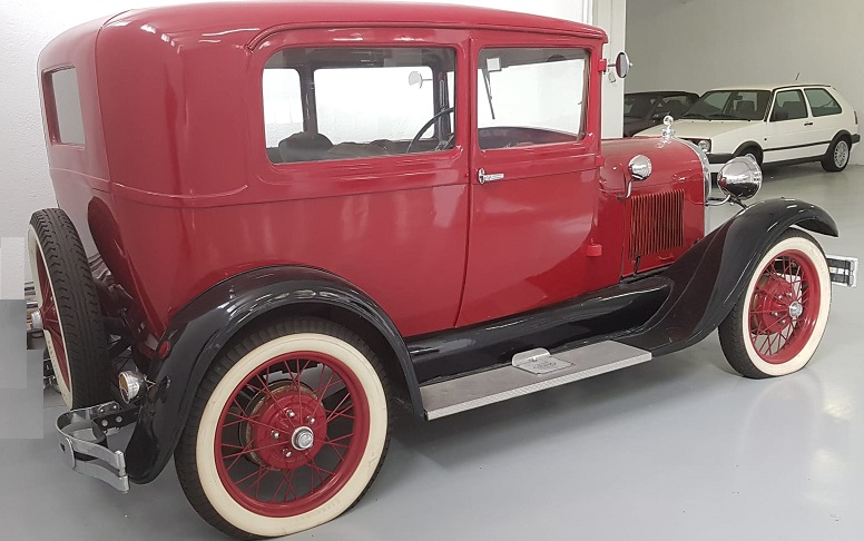 PM012 Alquiler Ford model a 1928 rojo lateral