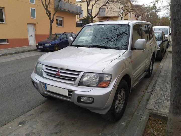 P0001 Alquiler Mitsubishi Montero plata tyreaction frontal