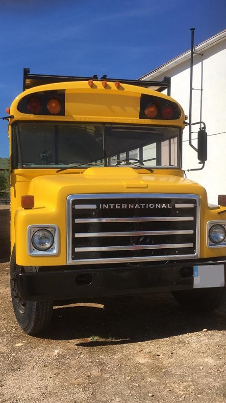 PA005 Alquiler School Bus Tyreaction frontal