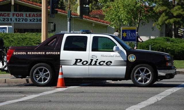 0001 alquiler chevrolet avalanche pickup americana suburban policia usa vehículos de escena tyreaction barcelona madrid policia 2