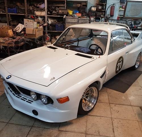 pm014 alquiler bmw competicion clasico vehículos de escena para cine tyreaction madrid blanco front