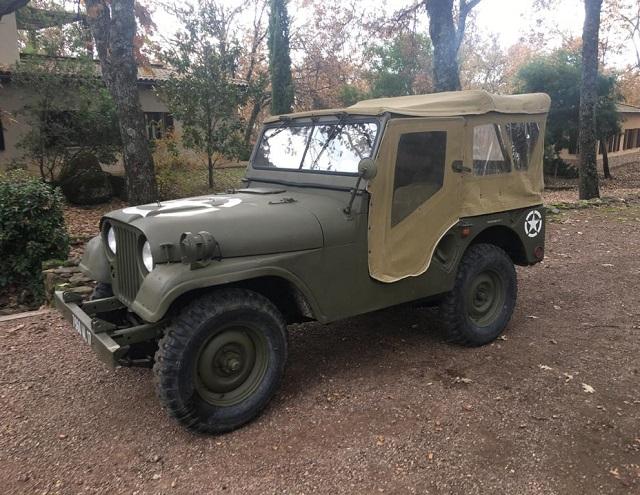 pm014 alquiler jeep willy militar americano tyreaction madrid vehículos de escena verde front