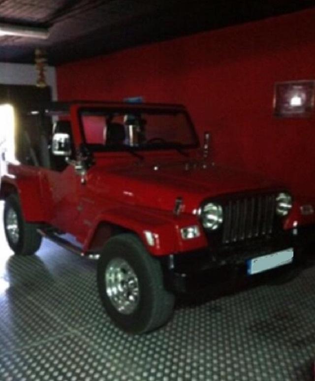 pm014 alquiler jeep wrangler americano tyreaction madrid vehículos de escena rojo